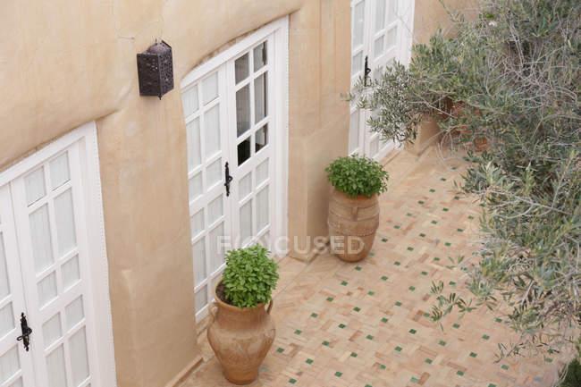 Terrasse des traditionellen Wohngebäude, Taroudant, Marokko — Stockfoto