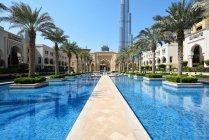 Dubai, Emiratos Árabes Unidos - Oct 7, 2016: dubai downtown with burj khalifa tower - foto de stock