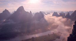 Beautiful landscape withscenic mountains and river, Lijiang, Guilin, Guangxi, China — Stock Photo