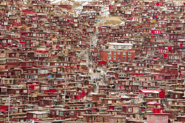 Luftaufnahme des Wuming Buddhist College of Seda County, Sichuan Provinz, China — Stockfoto