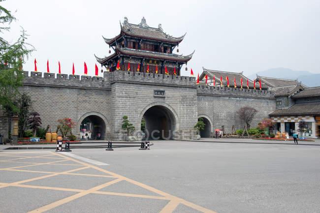 Xuanhua gate of Dujiangyan in Chengdu, Sichuan Province, China — Stock Photo