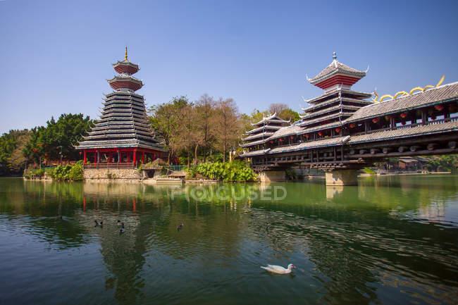 Amazing china folk culture village at Shenzhen, China — Stock Photo