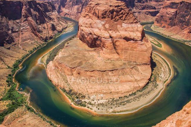 Beau paysage avec des montagnes et la baie de Horseshoe, Grand Canyon du Colorado — Photo de stock
