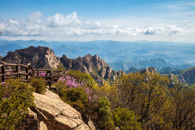 Amazing mountain landscape during daytime, Qinhuangdao, Hebei, China — Stock Photo