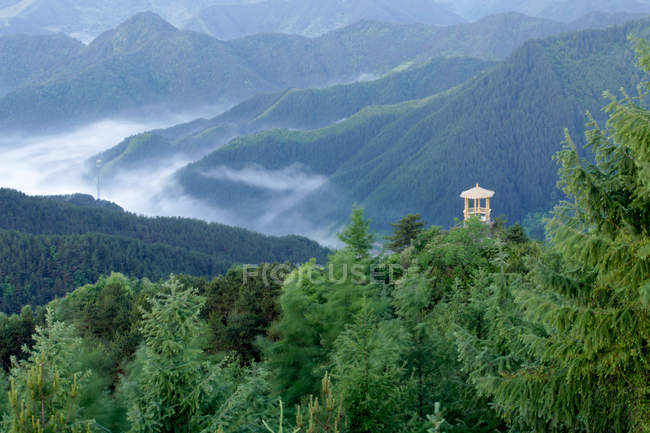 Beautiful mountain scenery in Henan Province, China — Stock Photo