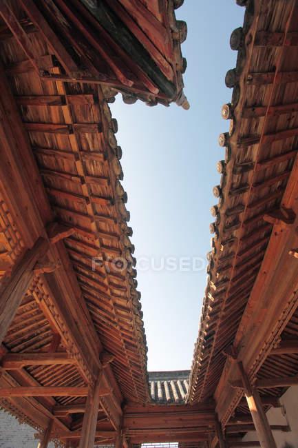 Edifício do Weir do Wumen do Condado de Chenggu, província de Shaanxi, China — Fotografia de Stock