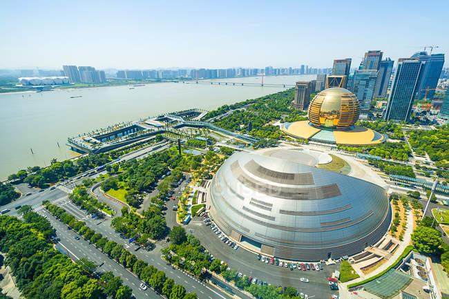 Вид з повітря на Цяньцзян Новий Місто Ханчжоу (провінція Чжецзян, Китай). — стокове фото