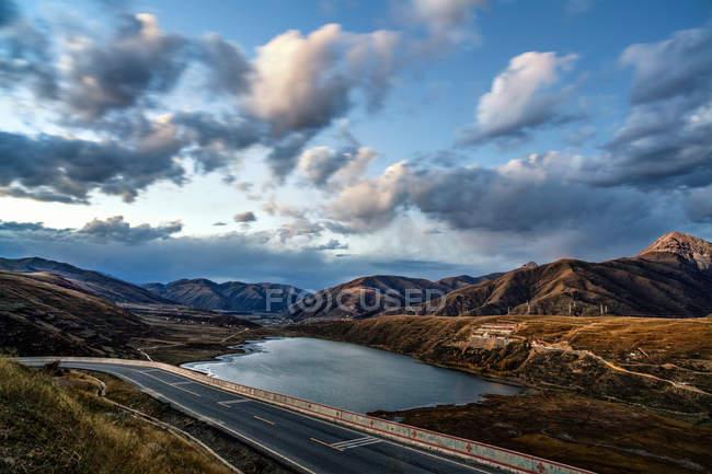Осень западного плато в провинции Сычуань, Китай — стоковое фото
