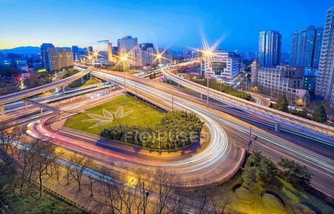 Город ская ночь в Пекине, вид с воздуха — стоковое фото