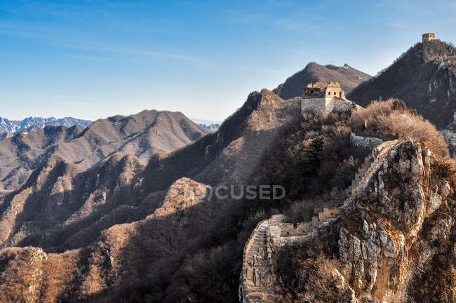 High Angle View of Ancient Great Wall in autumn — Stock Photo