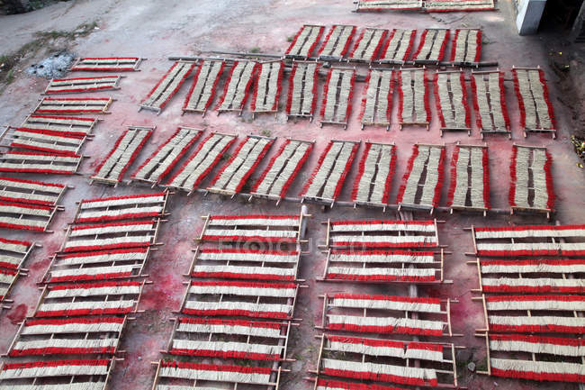Fábrica de incienso Gulangyu Islet, Xiamen, China - foto de stock