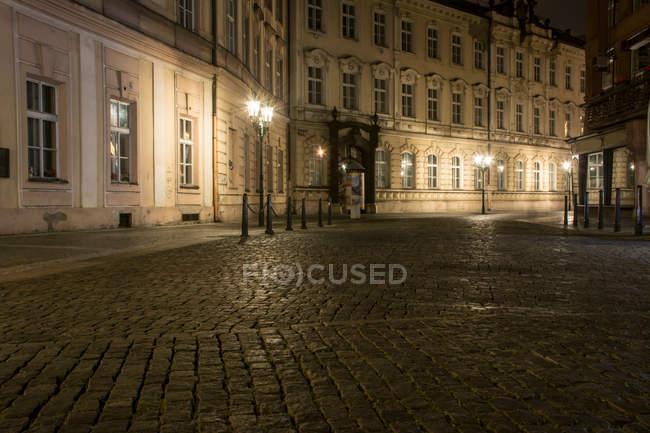 Vista notturna di Praga, capitale della Repubblica Ceca — Foto stock