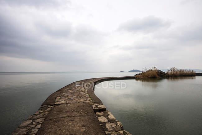 Прекрасний вид на озеро тай, Тайху, усі, провінція Цзянсу, Китай — стокове фото