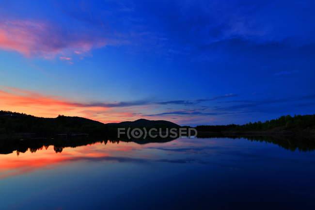 Bela paisagem Hulun Buir Mongólia Interior ao pôr do sol — Fotografia de Stock
