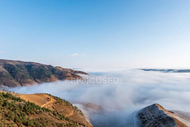 Красивое плато Лэсс в провинции Yunnan, Китай — стоковое фото