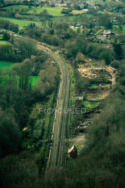 Aerial view of transportation lanes dividing rural area — Photo de stock