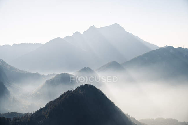 Majestic mountains landscape view under cloudy sky — Stock Photo