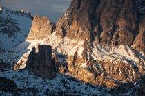 Cinque Torri, Ampezzo Dolomites, Cortina d 'Ampezzo, Veneto, Italia - foto de stock