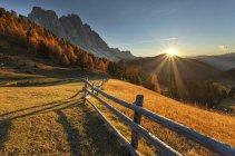 Odle / geisler, Funes Valley, Dolomites, Trentino-Alto Adige, Italy — стоковое фото