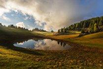 Lac Vert, Trentin, Italie, Europe — Photo de stock