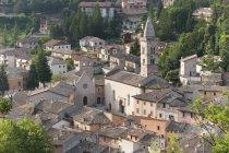 Вид Visso з Rapegna, краєвид, Марке, Італія, Європа — стокове фото