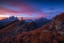 Monte Pelmo, monte de corvo alto e monte Civetta, vista de Mondeval, Dolomites, Italy — Fotografia de Stock