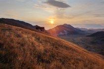 Blick vom hohen Gipfel des Berges in der Nähe des Rifugio duca degli abruzzi, 2388m, corno grande, campo imperatore, abruzzo, italien — Stockfoto