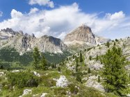 Tofane,  Lagazui and the Fanes from south in the dolomites of Cortina d'Ampezzo.  Part of the UNESCO world heritage the dolomites. Europe, Central Europe, Italy — Stock Photo