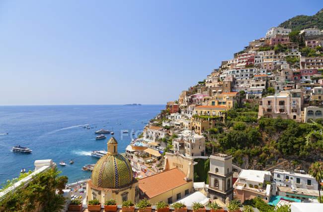 Городской пейзаж Позитано, Побережье Амальфи, Кампания, Италия, Европа — стоковое фото