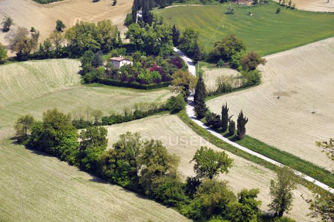 Vista aerea della campagna, Marche, Italia — Foto stock