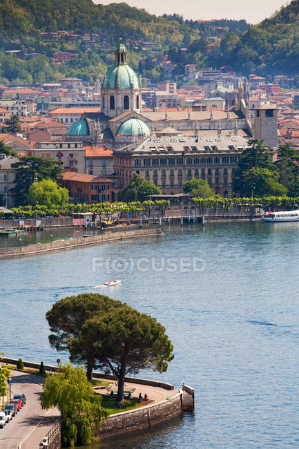 Como cityscape and its Lake, Lombardia, Italy, Europe — Stock Photo