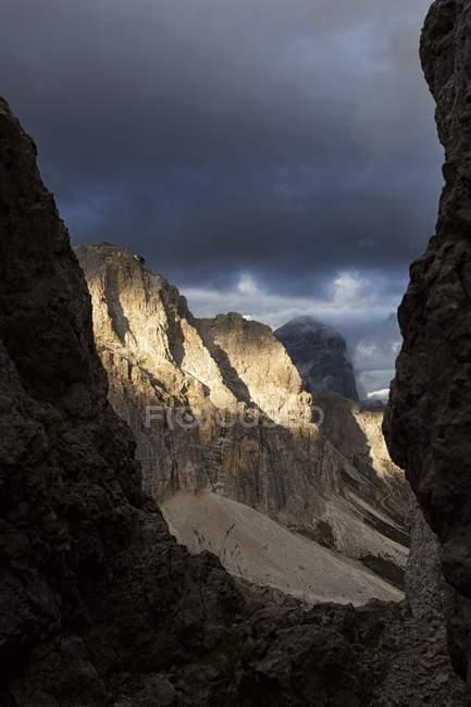Lagazuoi de Sass de Stria, Dolomites, Cortina d'Ampezzo, Veneto, Italie — Photo de stock