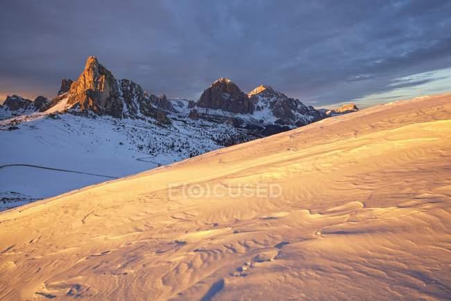Col Piombin, Giau Pass, Dolomites, Veneto, Italie — Photo de stock