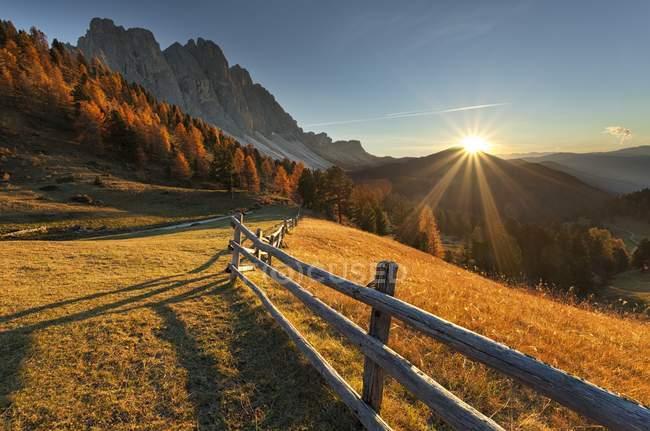 Odle/geisler, Funes Valley, Dolomites, Trentino-Alto Adige, Italie — Photo de stock