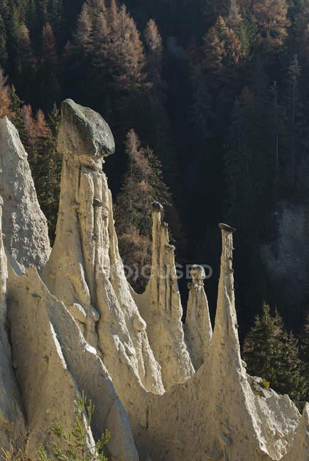 Piramidi della Terra, Perca, Percha, Trentino-Alto Adige, Italia — Foto stock