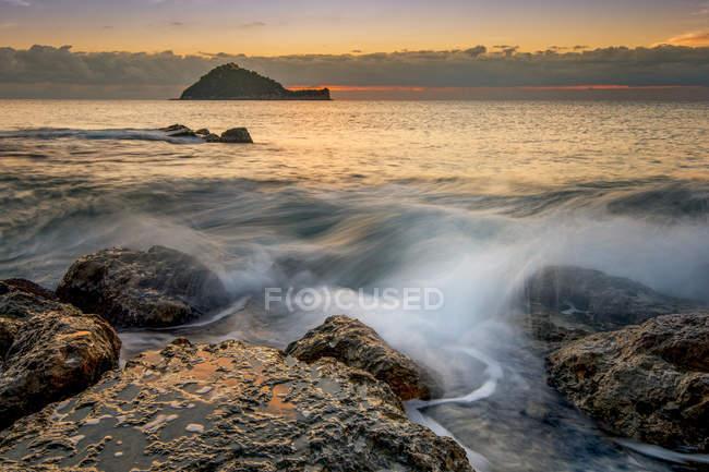 Острів галініара, Алассіо, Лінури, Італія, Європа — стокове фото