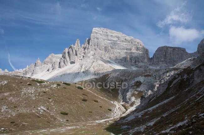 Três picos de Lavaredo, Tre Cime di Lavaredo, Dolomitas montanha, UNESCO, Patrimônio Mundial, Veneto, Itália, Europa — Fotografia de Stock