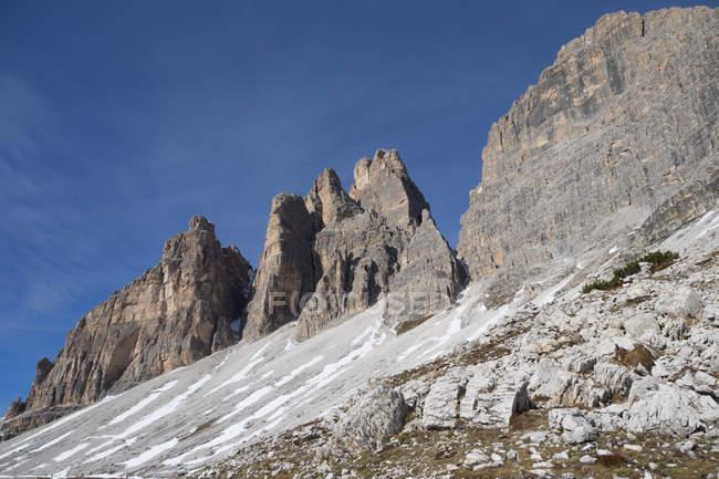 Trois sommets de Lavaredo, Tre Cime di Lavaredo, Dolomites, UNESCO, Patrimoine mondial, Vénétie, Italie, Europe — Photo de stock