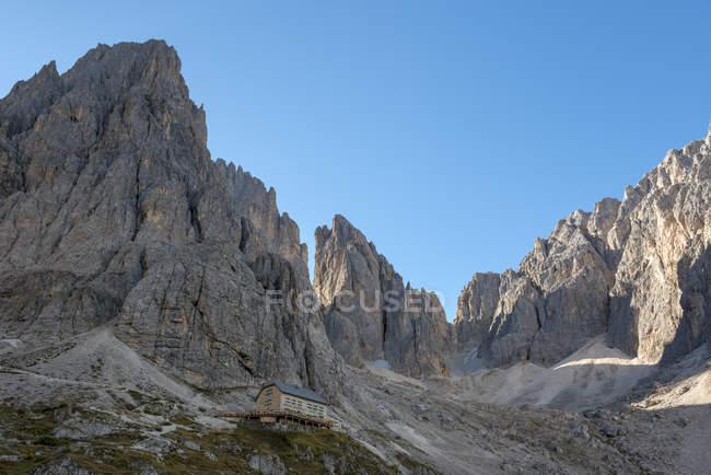 Vicenza Hut, Sasso Lungo, Dolomiti, Valgardena, Trentino Alto Adige, Itália — Fotografia de Stock