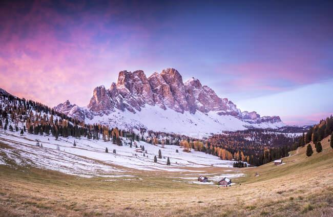 Puez-Geisler Nature Park, Val di Funes, Trentino-Alto Adige, Italy — Stock Photo