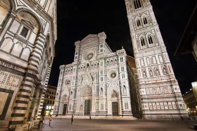 Duomo de Florencia por la noche, Florencia, Toscana, Italia, Europa - foto de stock