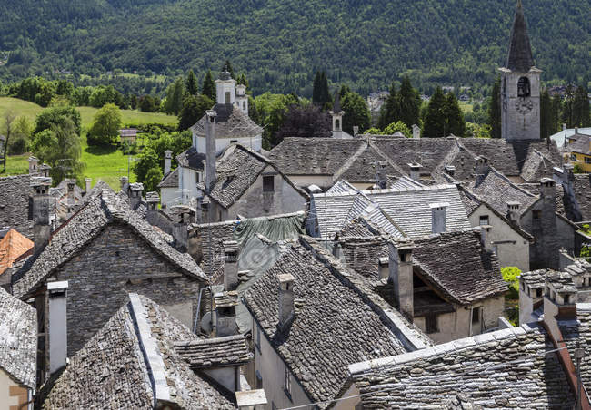 Rooftops of the old town of Craveggia, Val Vigezzo, Piedmont, Italy, Europe — Stock Photo