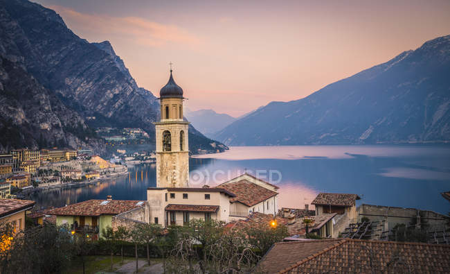 Limone sul Garda, Garda Lake, Lombardy, Italy — Stock Photo