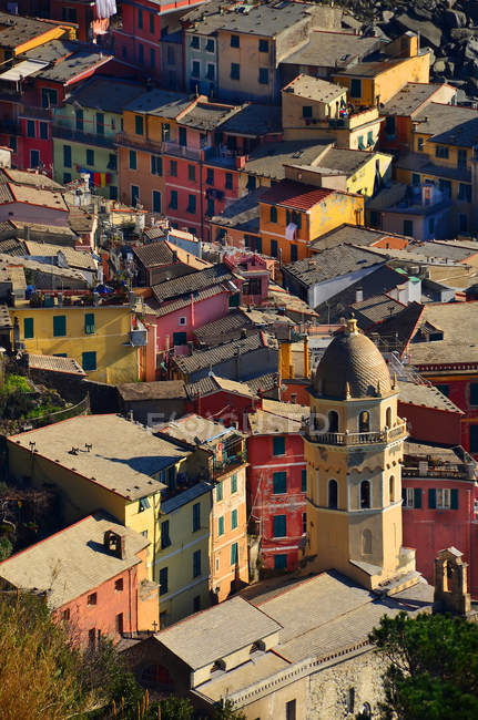 Church of Santa Margherita and Vernazza cityscape, Liguria, Italy, Europe, — Stock Photo