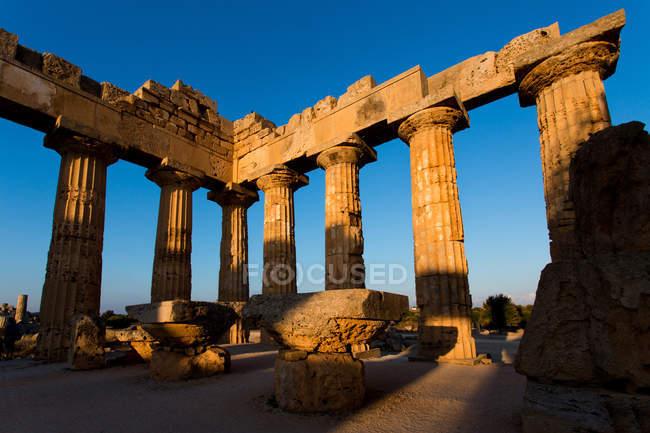 Temple d'Héra, Selinunte, site archéologique, village de Castelvetrano, Sicile, Italie, Europe — Photo de stock