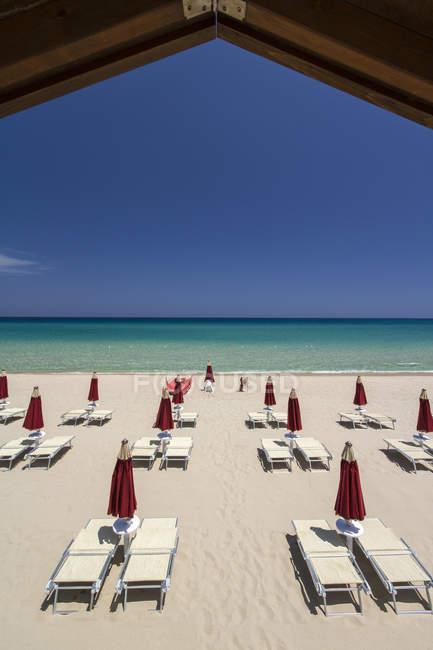 La spiaggia di Cala Sinzias, Cala Sinzias Beach, Castiadas, Cerdeña, Italia, Europa - foto de stock