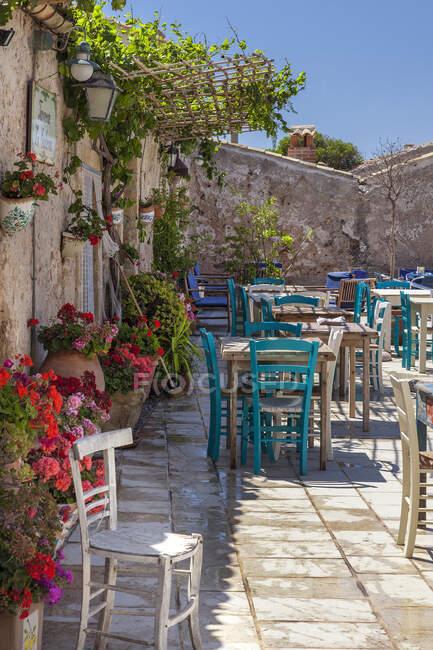 Borgo Marinaro della Tonnara di Marzamemi, piazza, Taverna la Cialoma, Marzamemi, Siracusa, Sicilia, Italia, Europa — Foto stock