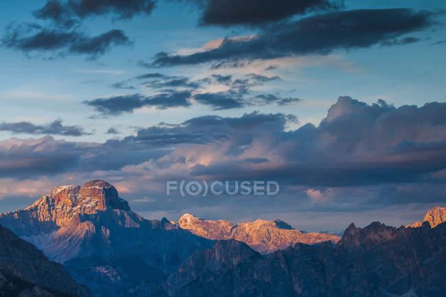 Picco di Vallandro, Cresta Bianca from Giau Pass, Dolomites, Veneto, Italy — Stock Photo