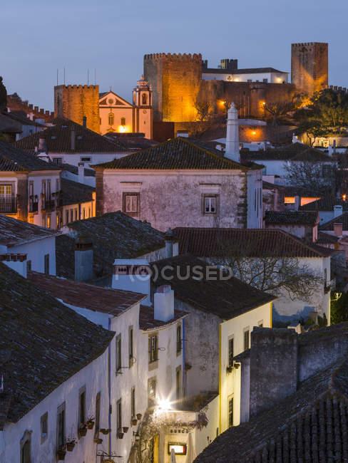 Вид на город. Исторический небольшой городок Обидос со средневековым старым городом, туристической достопримечательностью к северу от Лиссабонской Европы, южной Европы, Португалии — стоковое фото