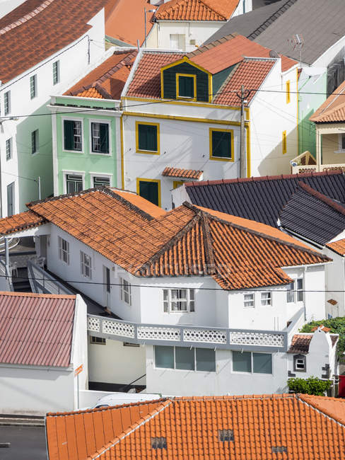 Village Ribeiras.  Pico Island, an island in the Azores (Ilhas dos Acores) in the Atlantic ocean. The Azores are an autonomous region of Portugal. Europe, Portugal, Azores — Stock Photo